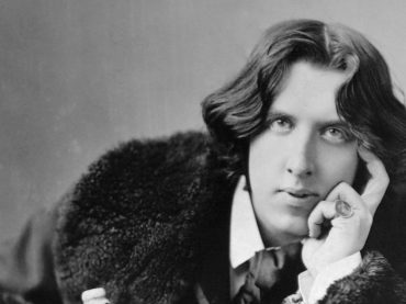 Sara and John present an Evening with Oscar Wilde
